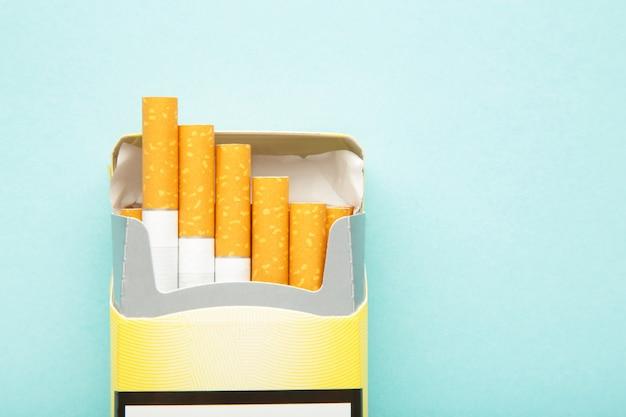 Draufsicht packung zigaretten