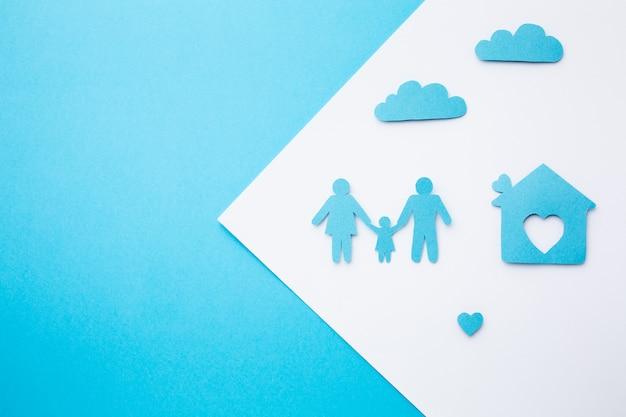Draufsicht papierfamilie mit kopierraum