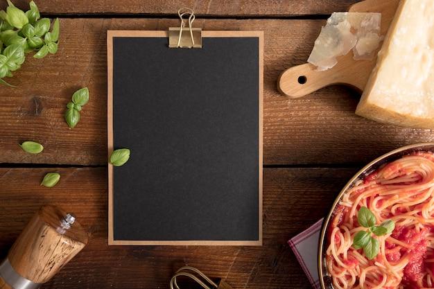 Draufsicht pasta mit kopierraum