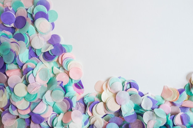 Draufsicht pastellfarben konfetti