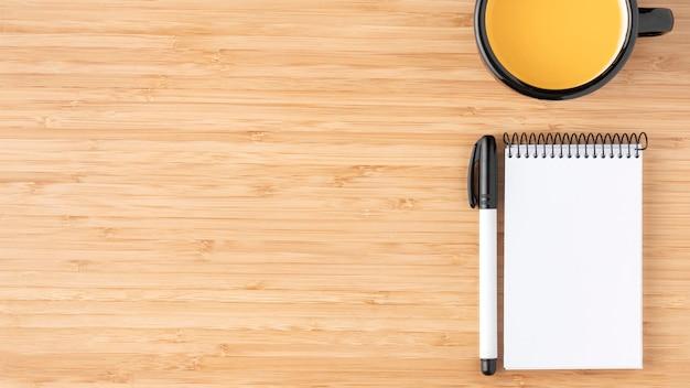 Draufsicht schreibtischanordnung mit kopierraum