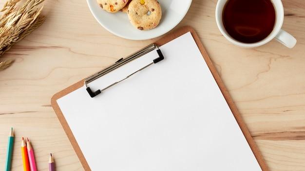 Draufsicht schreibtischkonzept mit kopierraum