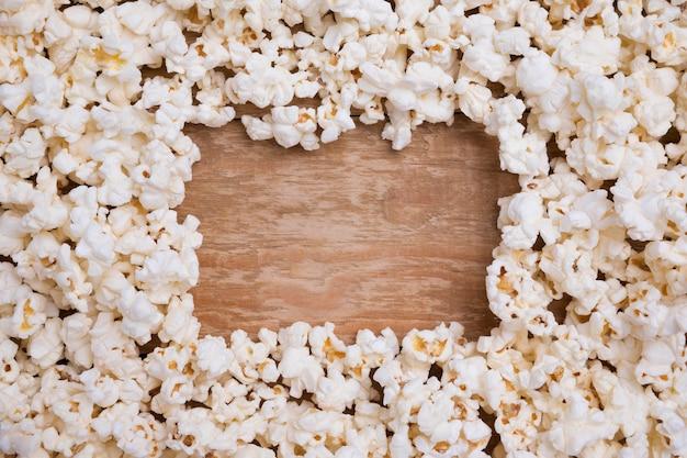 Draufsicht-sortiment von frischem popcorn