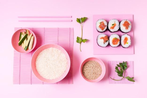 Draufsicht sushi-rollen