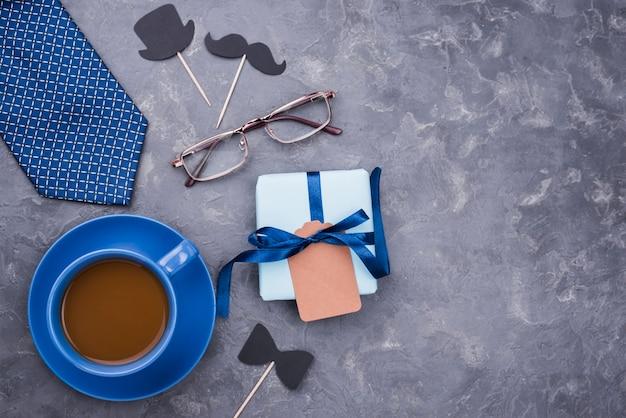Draufsicht tasse kaffee für vatertag