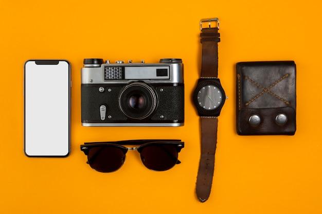 Draufsicht über wichtige reisewerkzeuge