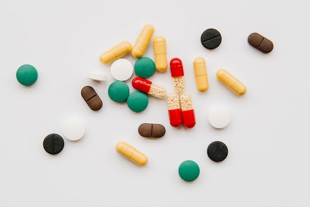 Draufsicht unordentlich pillen