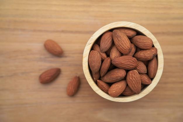 Draufsicht von mandeln für die gesunde ernährung