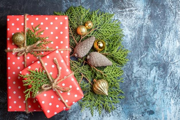 Draufsicht weihnachtsgeschenke aus