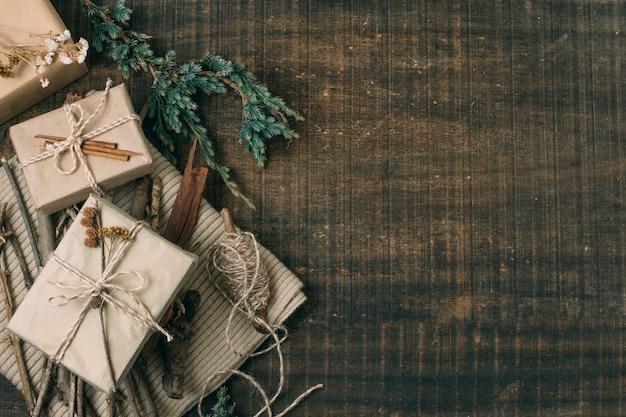 Draufsichtrahmen mit geschenken und kopieraum