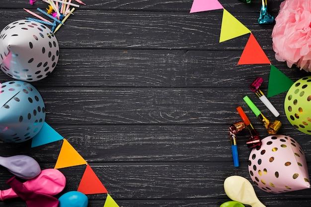 Draufsichtrahmen mit partydekorationen
