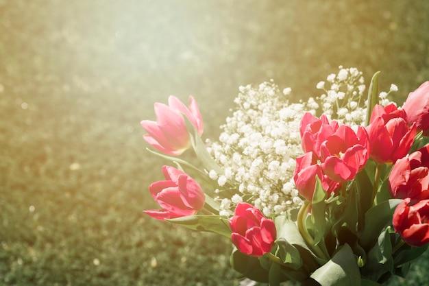 Draußen tulpen bouquet