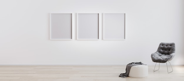 Drei leere plakatrahmen im raum mit weißer wand und holzboden mit weißem hocker und grauem modernen sessel. heller rauminnenraum mit leerem rahmenmodell. 3d-rendering