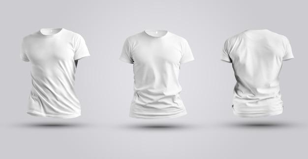 Drei modelle des weißen realistischen t-shirts 3d lokalisiert auf weißem hintergrund. herrenbekleidungsvorlage für die designpräsentation.