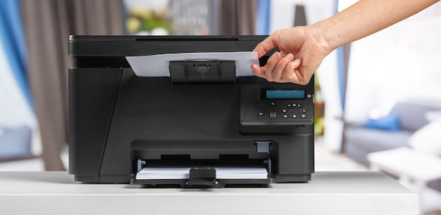 Drucker, kopierer, scanner. bürotisch