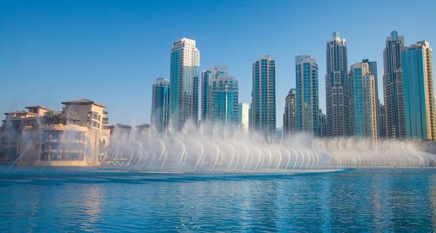 Dubai-wasserbrunnen