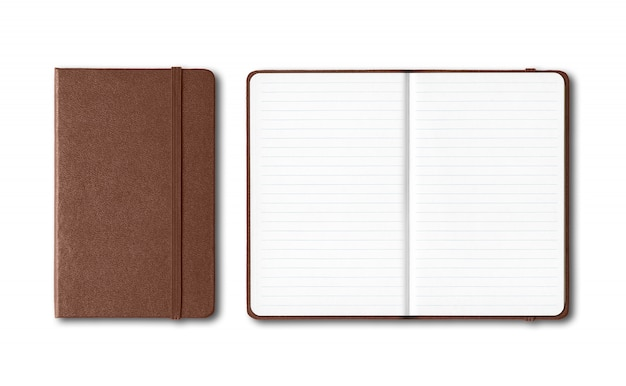 Dunkles leder geschlossene und offen gefütterte notizbücher isoliert auf weiß
