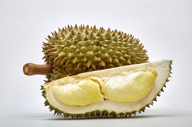 Durian ist in thailand als könig von friut bekannt