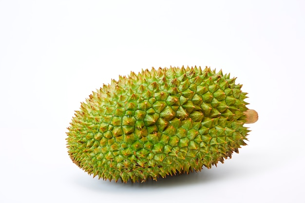 Durianfrucht lokalisiert auf weißem hintergrund