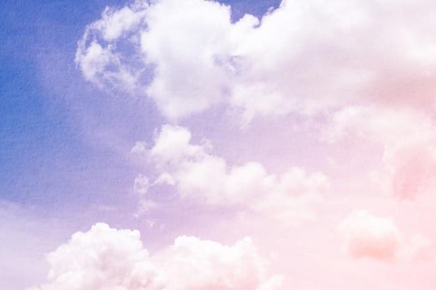 Dynamische wolke und himmel der fantasie und der weinlese mit schmutzbeschaffenheit