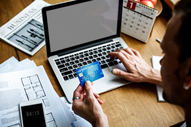 E-banking-zahlungsfinanzierungs-laptop