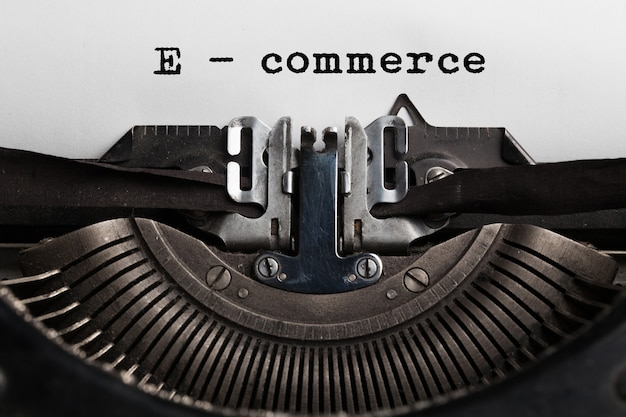 E-commerce-verkaufskonzept, online-shopping, digitales marketing, geschrieben von einem schriftsteller