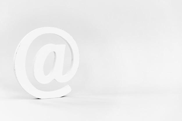E-mail-zeichen e-mail, kommunikation oder kontaktieren sie uns