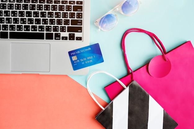 E-shopping konzept der weinlese-lebensstil-minimalistischen weiblichkeit