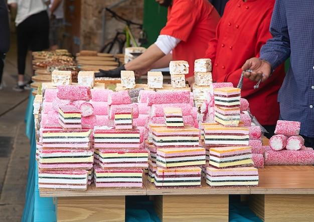 Eastern market street handel mit orientalischen süßigkeiten
