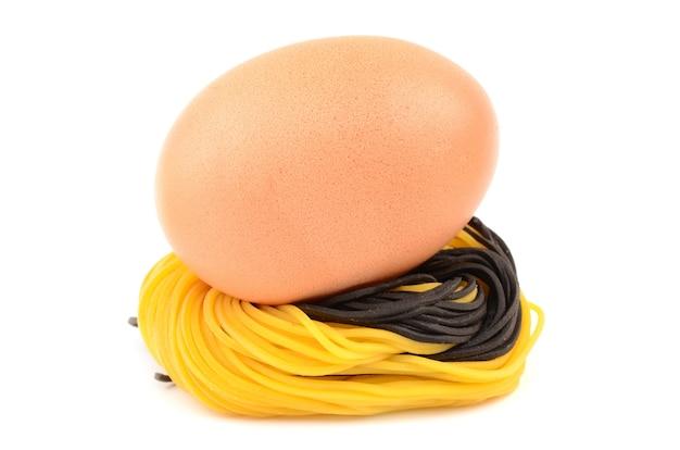 Ei und nudeln