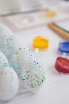 Eier für ostern sonntag gemalt