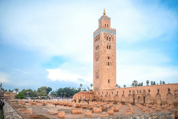 Ein blick auf die koutoubia-moschee. marrakesch, marokko.