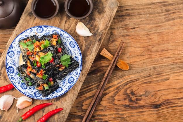Ein chinesischer snack: stinkender tofu