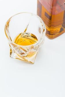 Ein glas scotch whisky