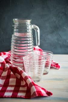 Ein glas wasser als trinkwasser