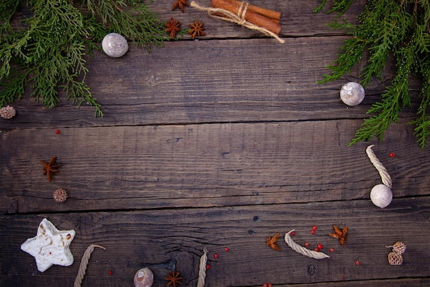 Ein guter hintergrund für ein café oder restaurant, menü, aktionen, rabatte, verkauf für weihnachten oder das neue jahr.