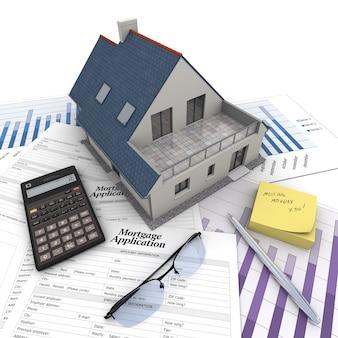 Ein haus auf einem tisch mit hypothekenantragsformular, taschenrechner, blaupausen usw ..