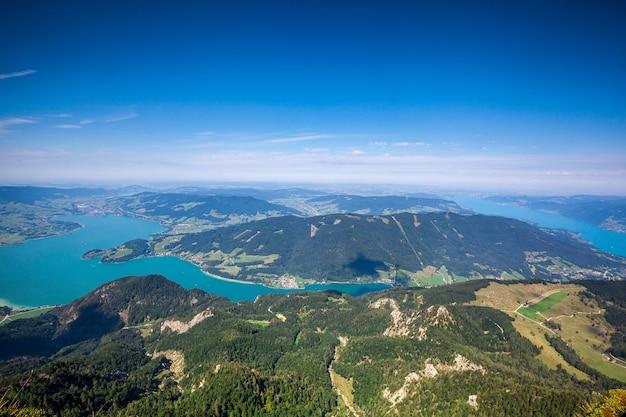 Ein oberflächenpanoramaberge in österreich in den alpen