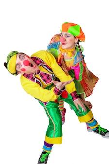 Ein paar glückliche clowns. isoliert auf weißem hintergrund