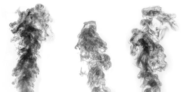 Ein perfektes set von drei verschiedenen mystischen lockigen schwarzen dampf oder rauch auf weißem hintergrund, negativ. abstrakter hintergrundnebel oder smog, gestaltungselement für halloween, layout für collagen.
