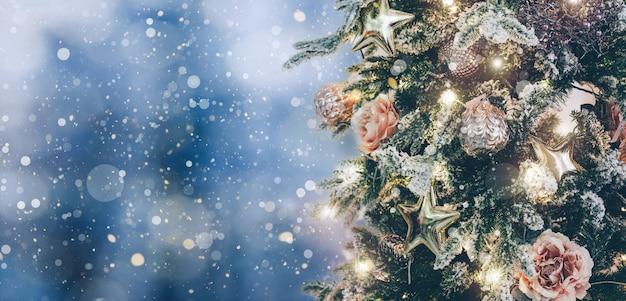 Ein weihnachtshintergrund für werbung