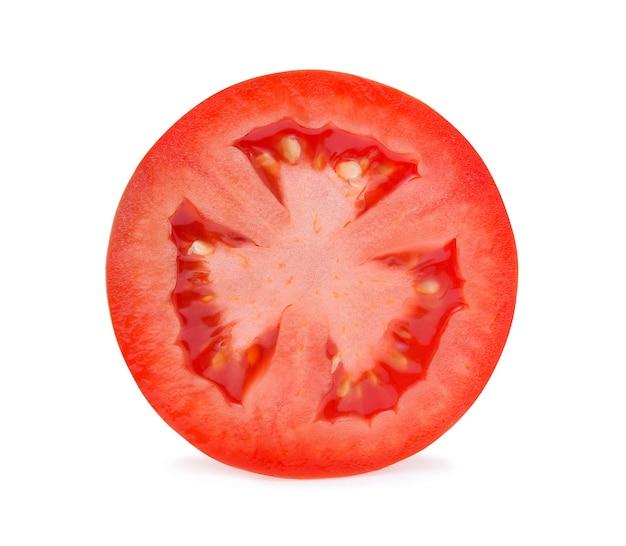 Eine hälfte der frischen tomate getrennt.