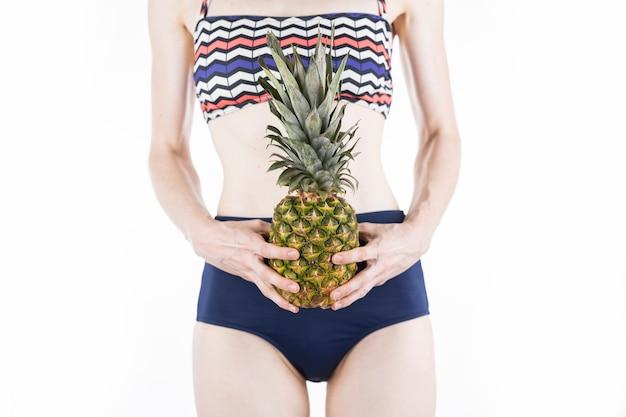Eine köstliche und saftige tropische ananas