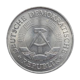 Eine mark-münze isoliert