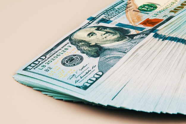 Eine packung dollar.