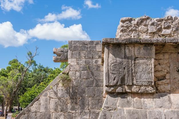 Eine ruine von mexiko in der chichen itza zone