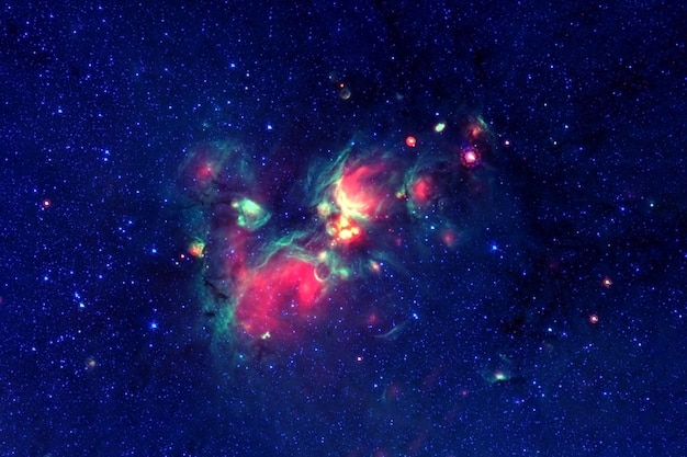 Eine schöne galaxie im weltraum hintergrundtextur elemente dieses bildes wurden von der nasa bereitgestellt