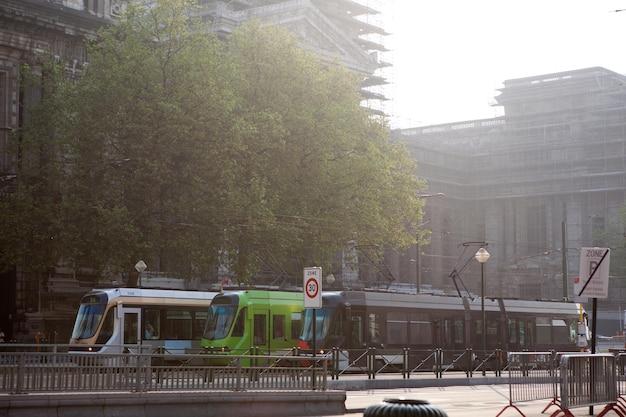 Eine straßenbahn des brüsseler straßenbahnnetzes in brüssel, belgien