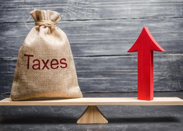 Eine tasche mit den inschriftsteuern
