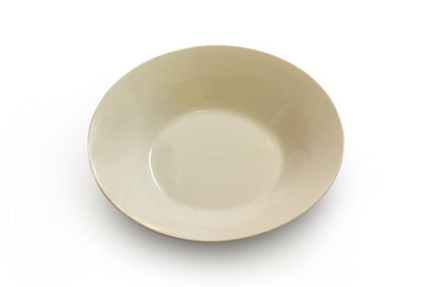 Eine weiße platte auf weiß mit ausschnittspfad.